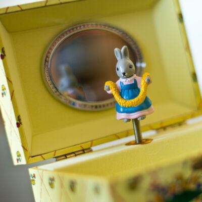 Zenélő ékszerdoboz, Beatrix Potter nyuszi (Musicbox, zenedoboz, 3-99 év)