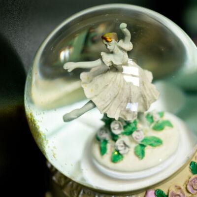 Zenélő hógömb, Balerina (Musicbox, ajándéktárgy, 3-99 év)