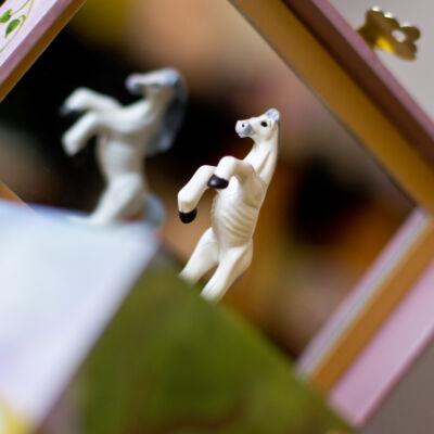 Zenélő ékszerdoboz, Fehér ló (Musicbox, zenedoboz, 3-99 év)