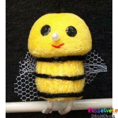 Zsűrizett ujjbáb - méhecske