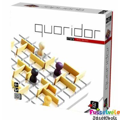 Quoridor Mini (Gigamic, 2-4 fős stratégiai játék fából, 8-99 év)